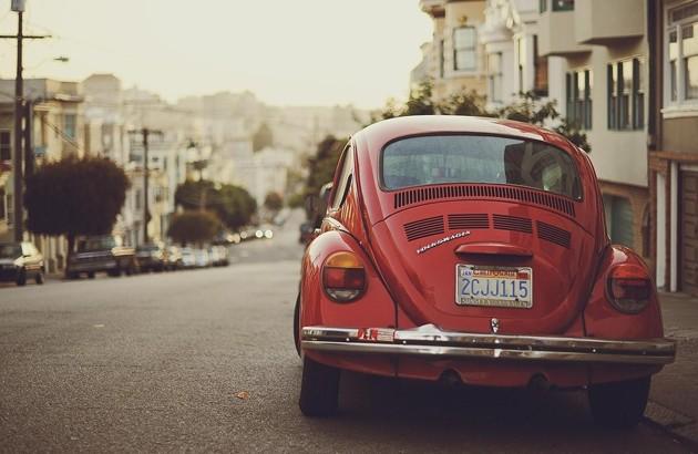 در ستایش رانندگی؛ فیلسوفِ موتورسوار از خودروهای معمولی دفاع میکند